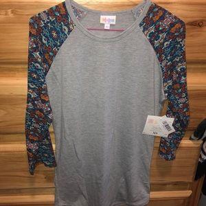 NWT XS(S) LulaRoe Randy Shirt